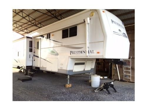 2005 Holiday Rambler Presidential 36RLT for sale by owner on RV Registry. http://www.rvregistry.com/used-rv/1009159.htm