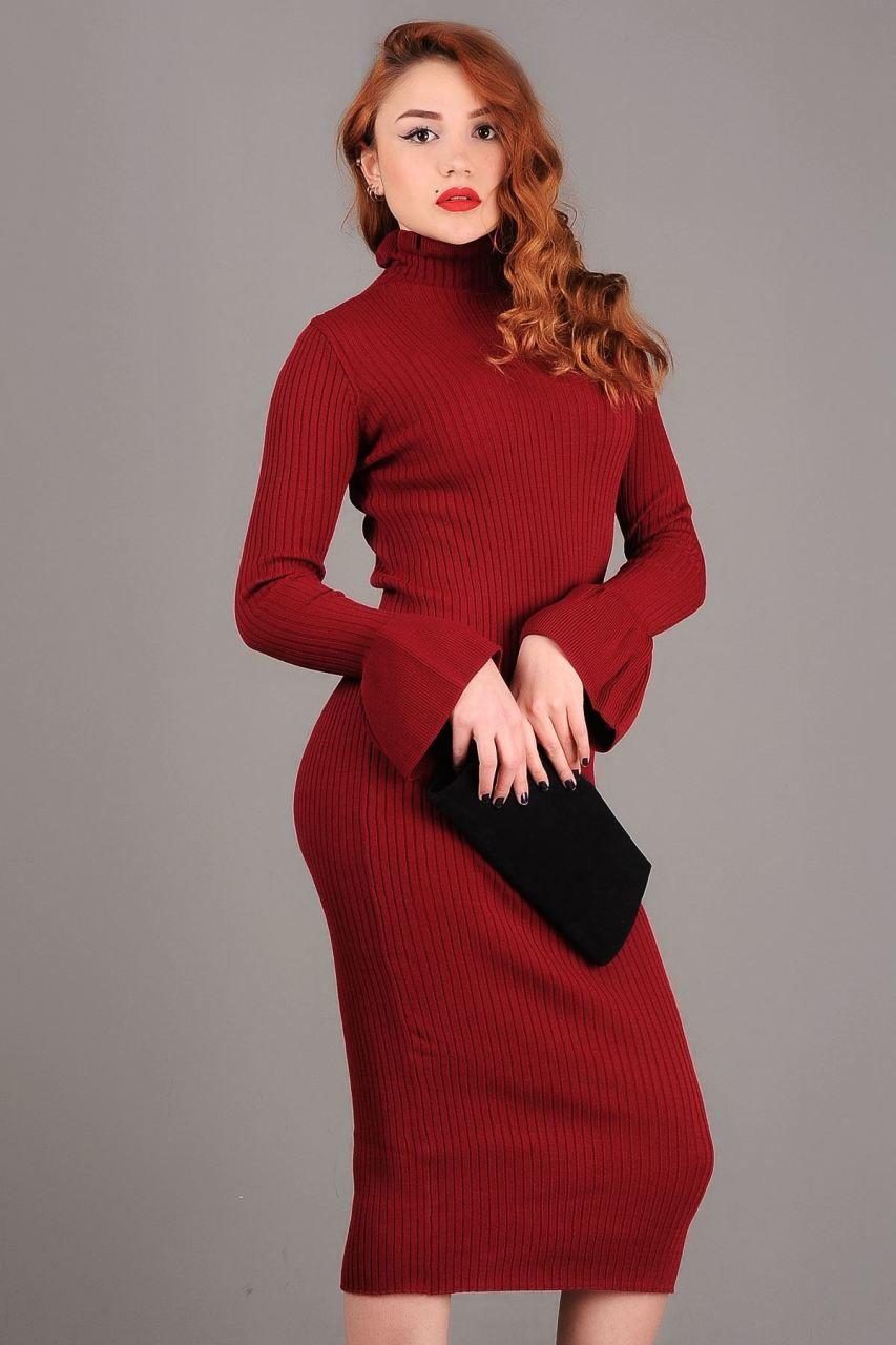 Moda elbiseler triko yapımı. Örme elbiseler