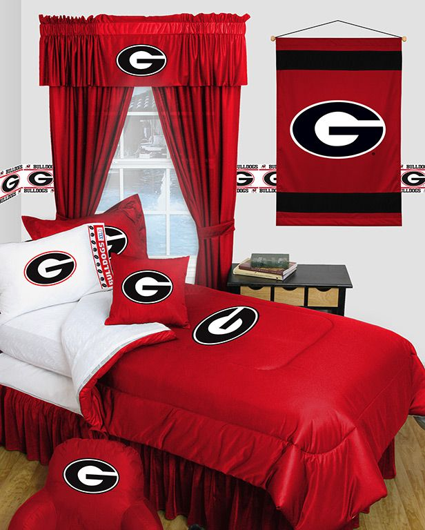 Sports Coverage licensed bedding: Locker Room Comforter, Shams, Sheet Sets, Valance/Drapery, Pillow, and Wallhanging. See http://www.sportscoverageinc.com/conteampage.asp?team=4GAU  where to purchase.