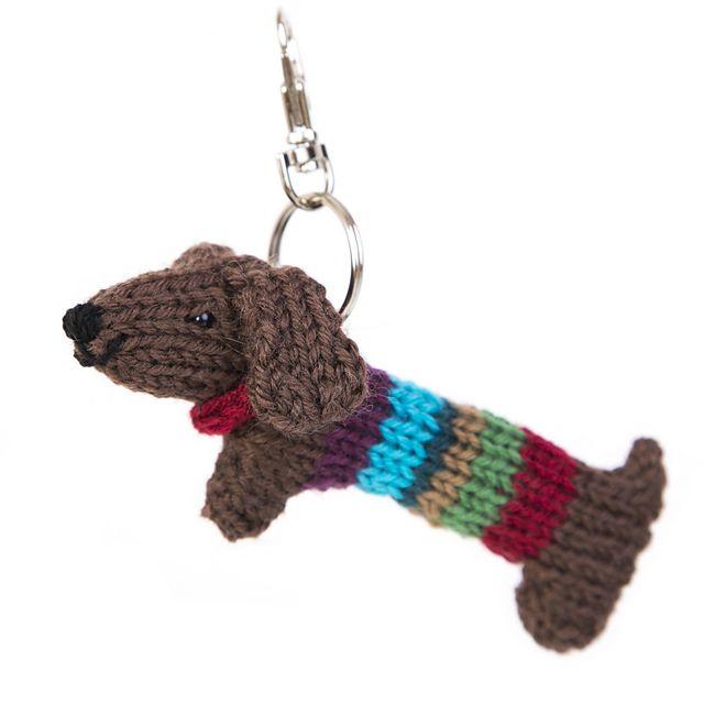 Tiny Sausage Dog pattern by Sue Stratford | Ravelry, Patrones y ...