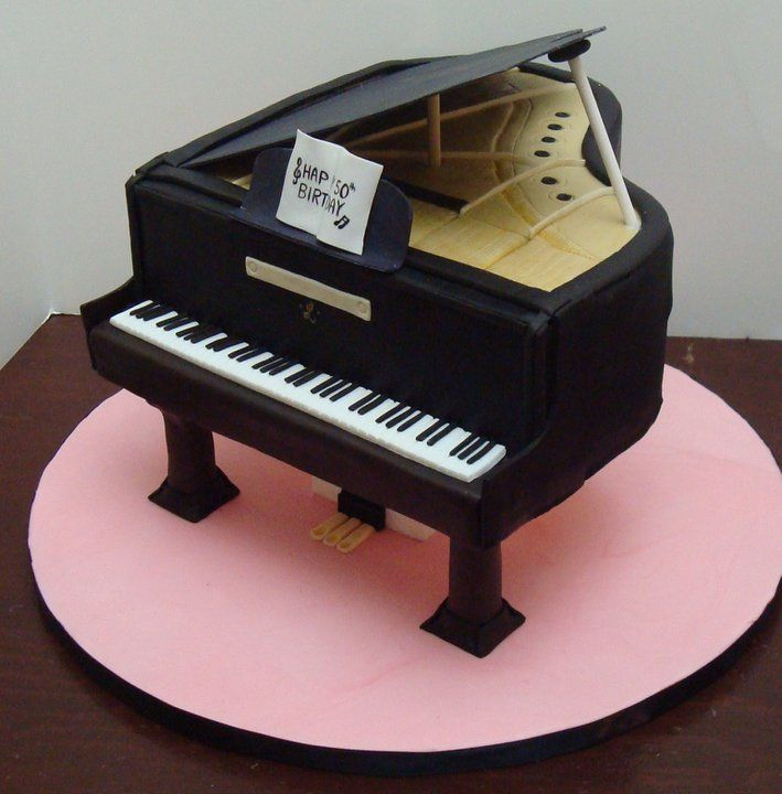 Piano Lavoro Cake Design : Baby+grand+piano+cake!+-+Cake+is+supported+on+pillars+I ...