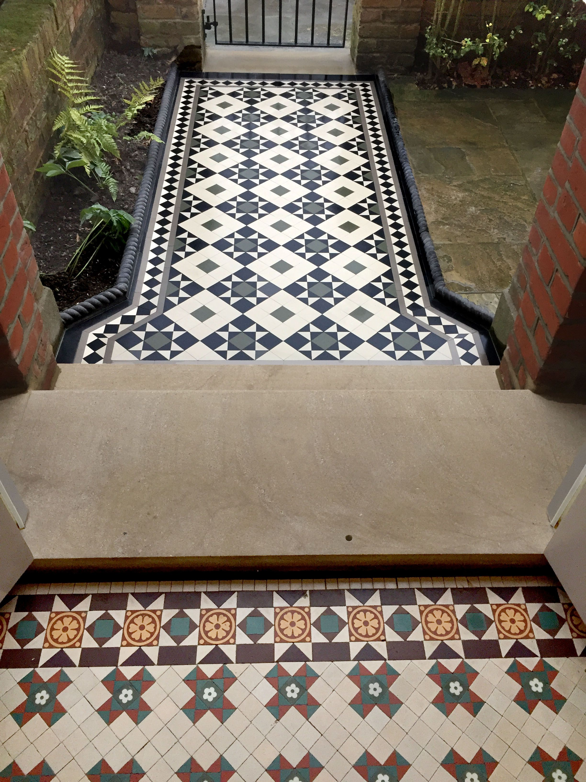 London Mosaic Victorian Tiles London Mosaic Victorian Floor Tiles Click On The Image For More Information Cont Tiles London Victorian Tiles Tile Floor