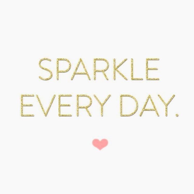 Add a Sparkle to your Smile with Teeth Whitening  Available in studio contact to book  @sparkleandshineteethwhitening  #teethwhitening #torontoteethwhitening #torontoteeth #torontosmile #sparkle #brightteeth #brightsmile