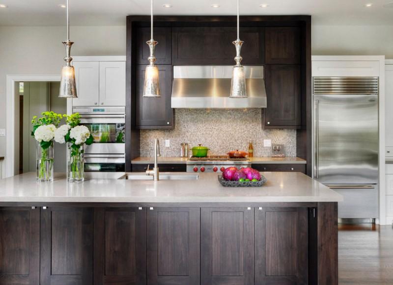 30 Classy Projects With Dark Kitchen Cabinets #darkkitchencabinets