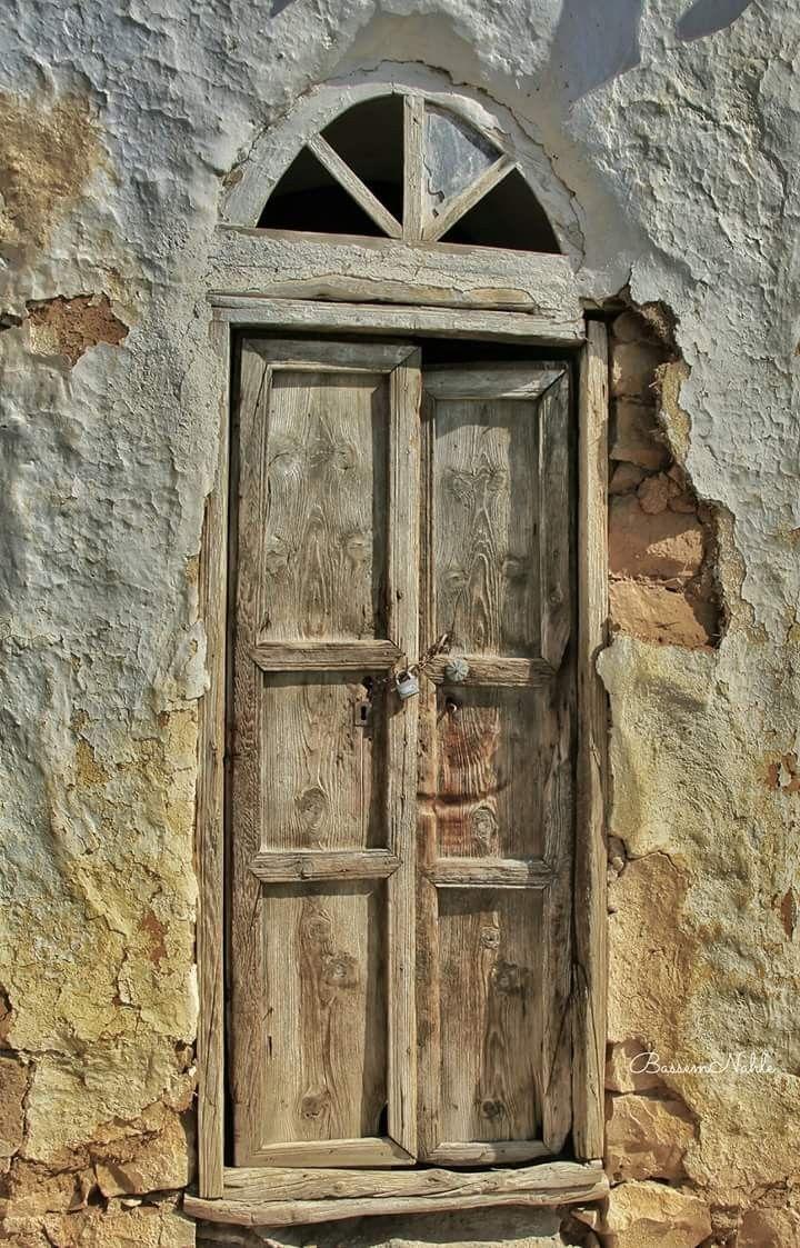 جنوب لبنان Tall Cabinet Storage Old Houses Art