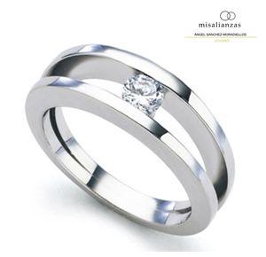 #Sortija de compromiso con diamante #pedida #matrimonio #anillo #misalianzas.com