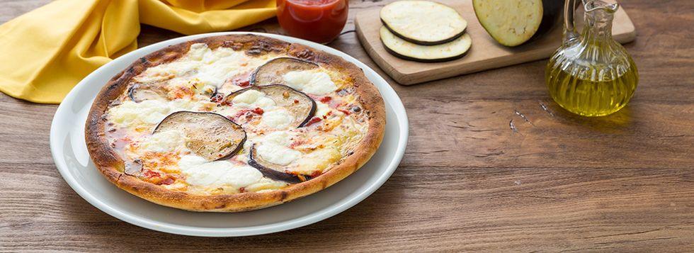 ci sono diversi modi di cucinare le melanzane prima di aggiungerle ... - Cucinare Pizza