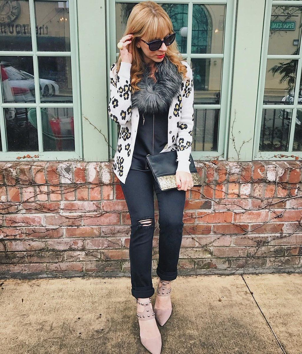 31ba5d3ee6c8 The casual cuteness of the Kiki Cardigan. jeanettemurphey.cabionline ...