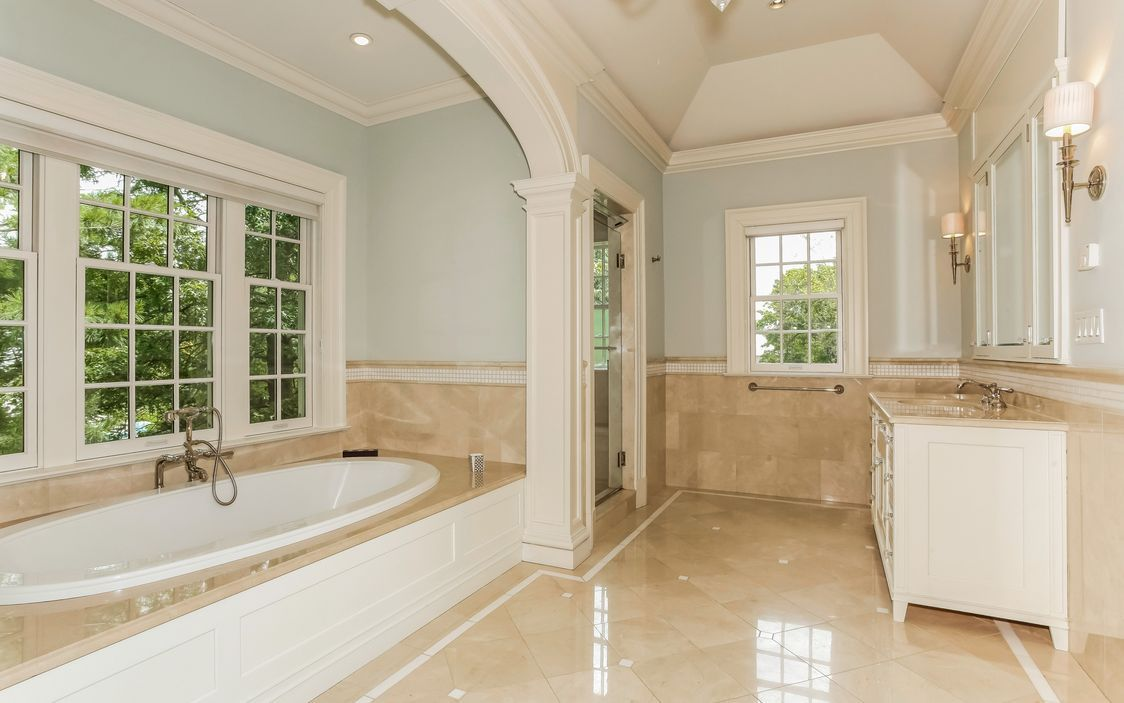 Luxurious Master Bath with Ultra Bain Soaking Tub and Separate Steam ...