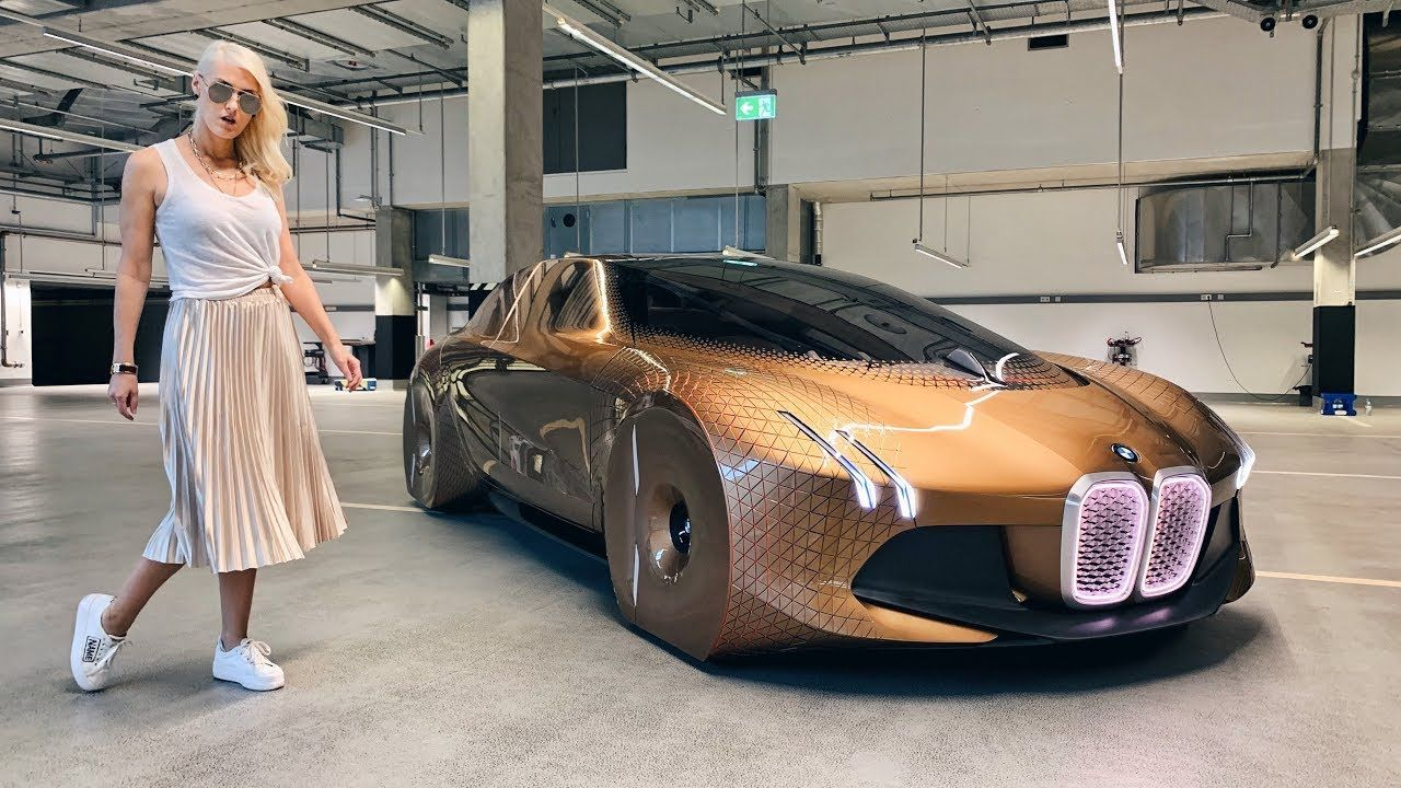 Bmw Has An Interesting Take On The Future Of The Car This Car Is Alive Bmw Next 100 Super Cars Car