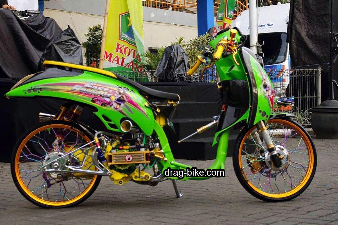 40 Foto Gambar Modifikasi Scoopy Thailook Simple Jari Jari Velg 17 Drag Bike Com Velg Honda Retro