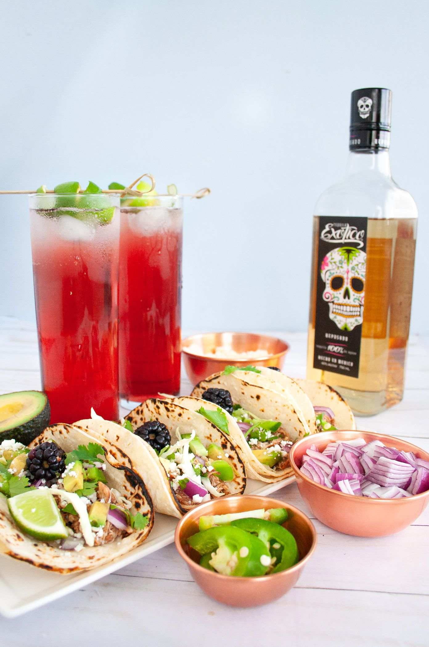 El Diablo Cocktail Blackberry And Ginger Taco Pairing Elle Talk Recipe Food Pairings Tacos Easy Drink Recipes