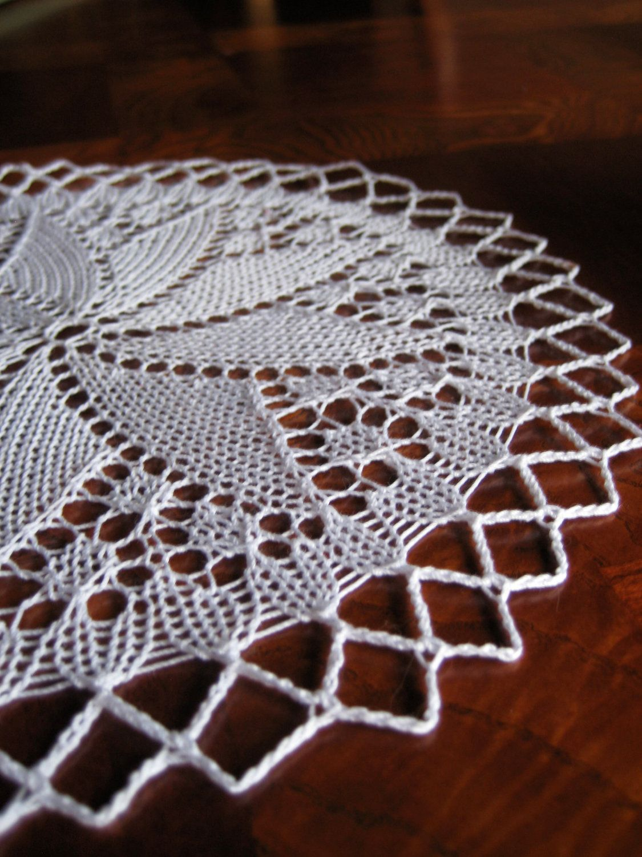 Pinwheel Lace Knitted Doily - white cotton | Pleteni prtički ...
