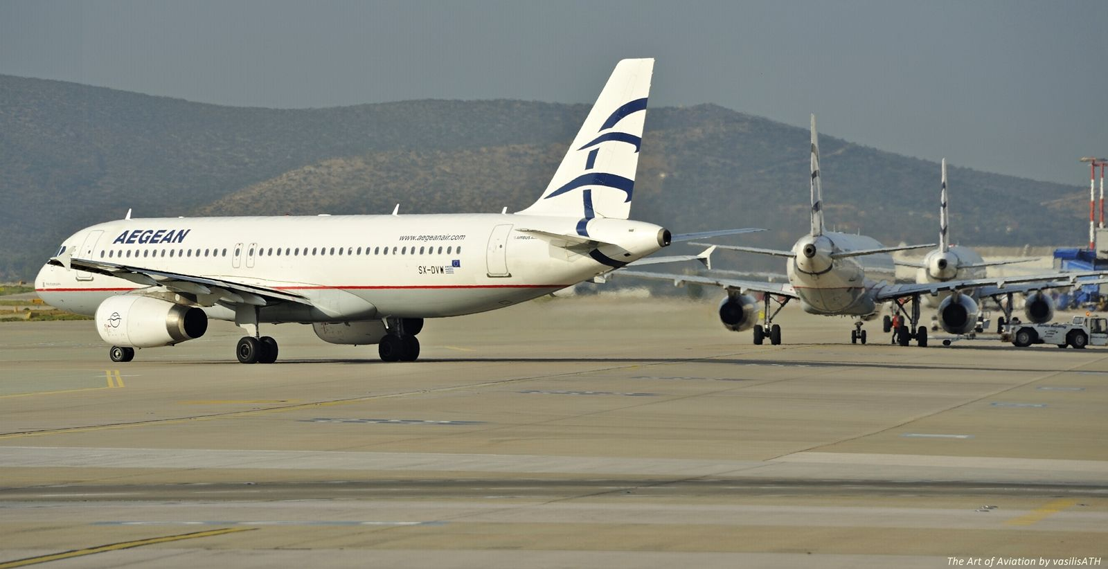 "AEGEAN Πρωινές Αναχωρήσεις Athens International Airport ""Eleftherios Venizelos"" ATH/LGAV"""