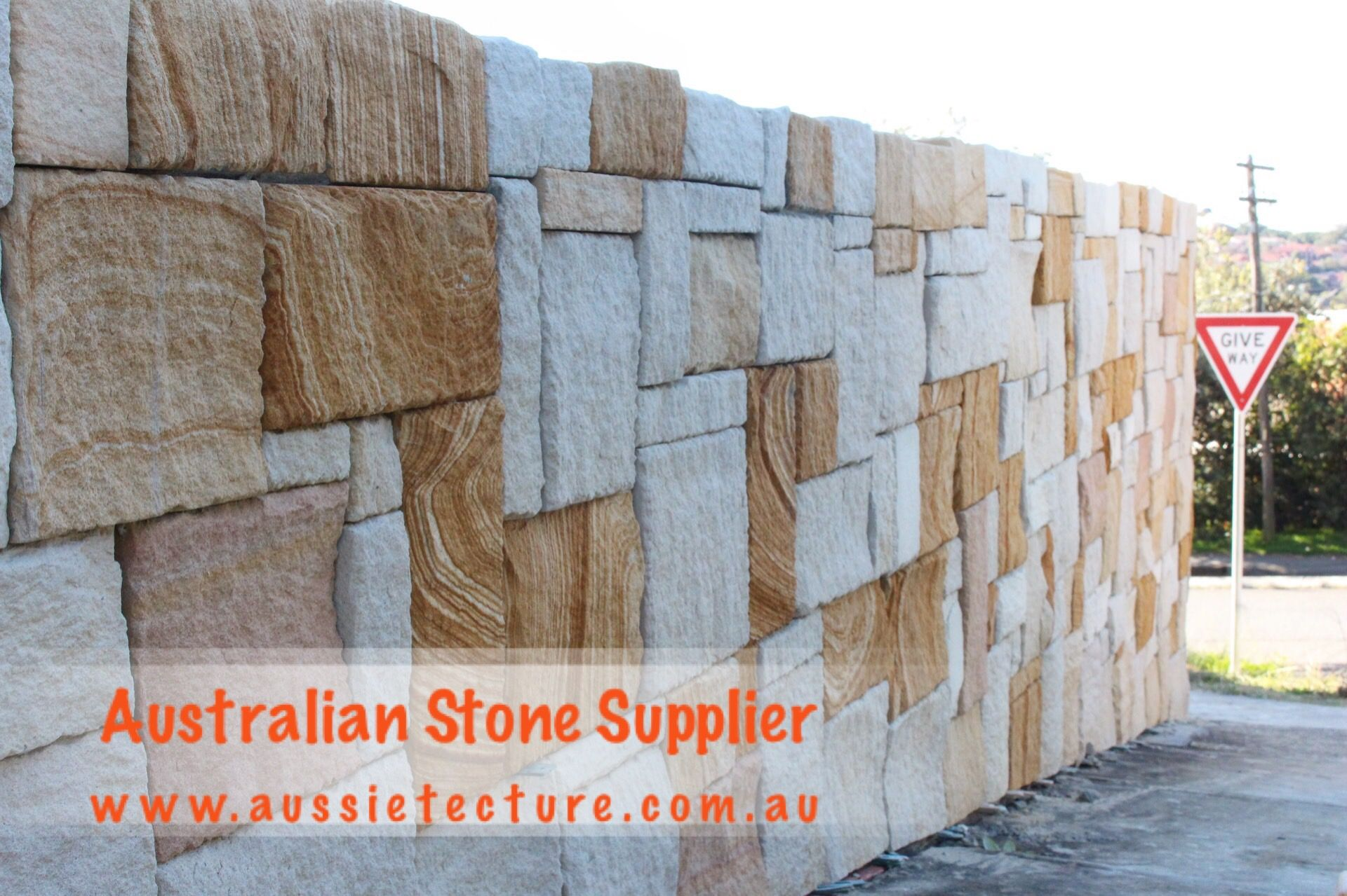 Australian Sandstone Colonial Walling Made Up Of Natural Sandstone Cladding Available In 4 Colors Sandstone Corner Sandstone Capping A Stone Cladding Natural Stone Cladding Sandstone Cladding