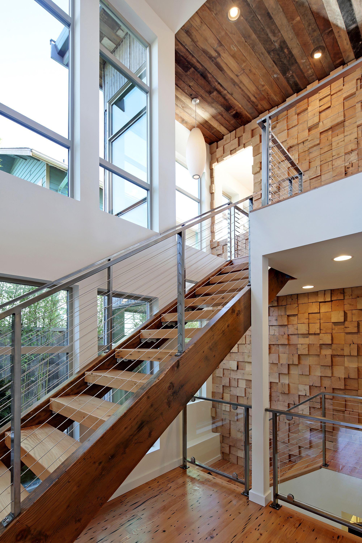diseo de casa ecolgica combinacin de madera reutilizada y otros materiales de construccin amigables con el medio ambiente