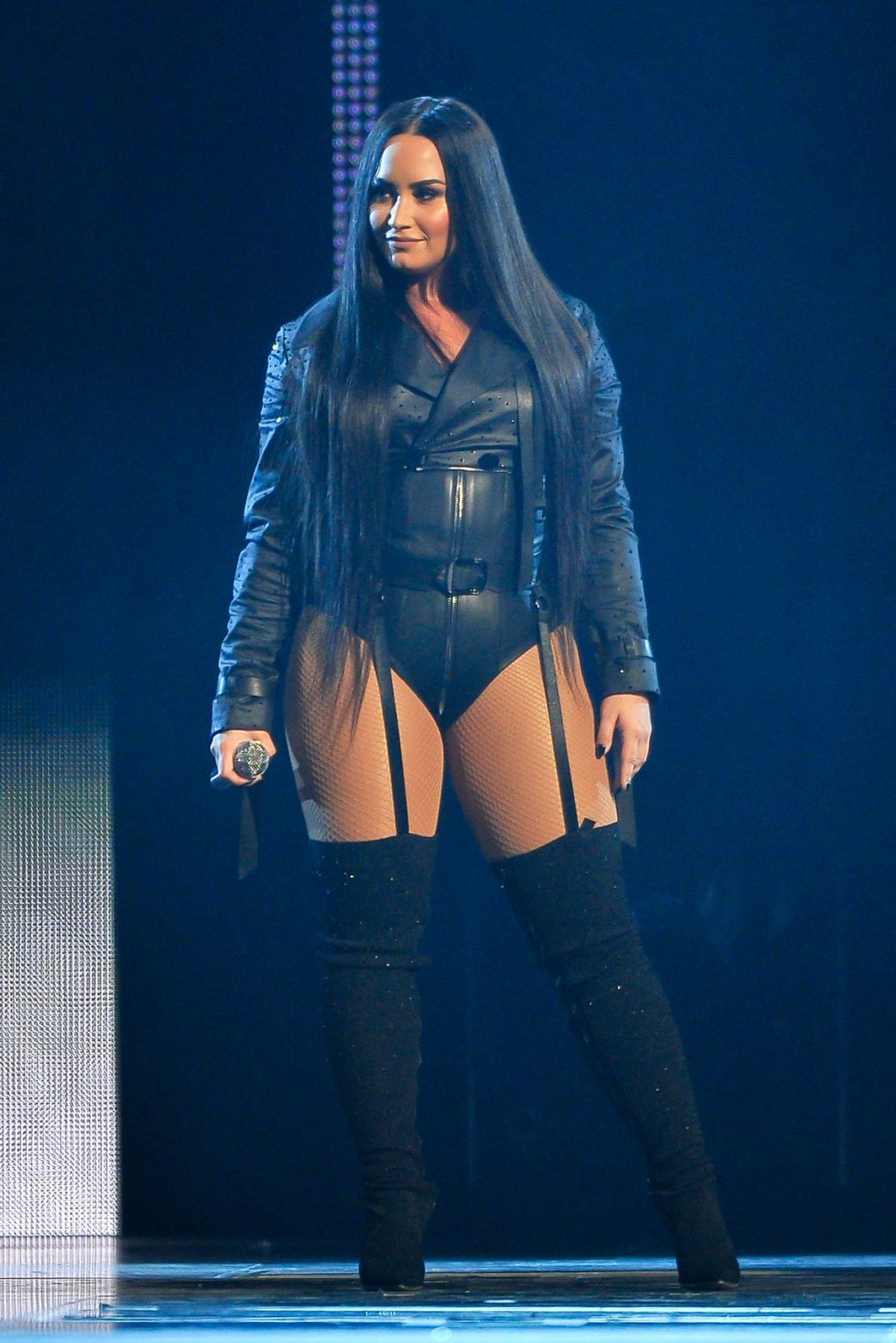 Http Www Hawtcelebs Com Wp Content Uploads 2018 03 Demi Lovato Performs At Her Tell Me You Love Me Tour In San Jos Demi Lovato Body Demi Lovato Pictures Demi