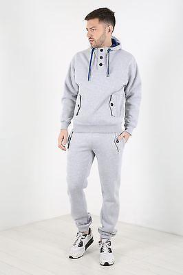 cc12761de6 Bodybuilding에 있는 Zeppy.io님의 핀 | Track suit men, Fleece joggers ...
