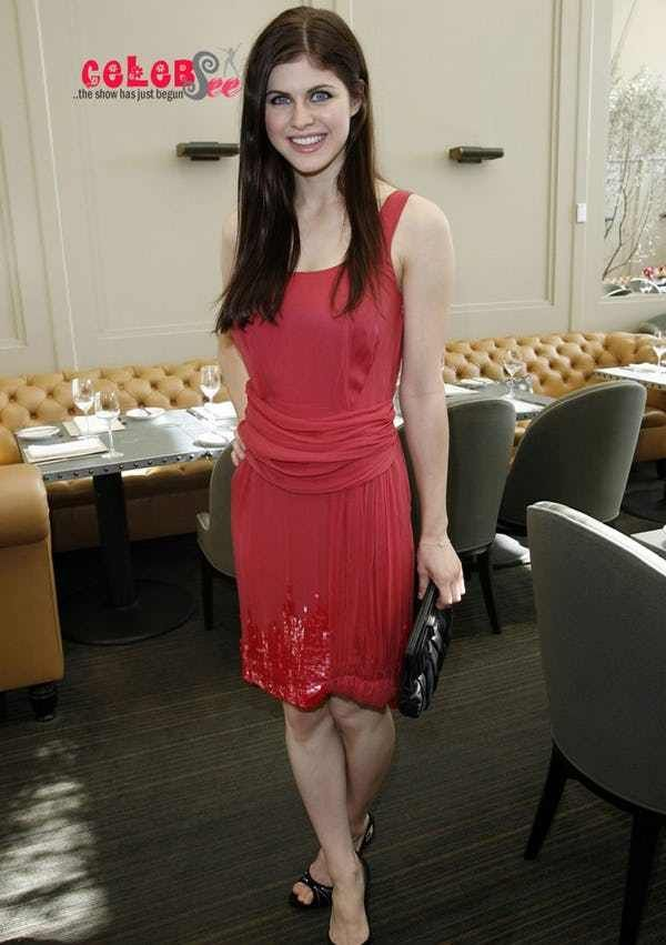 Alexandra Daddario Is An American Actress Who Has Entertained