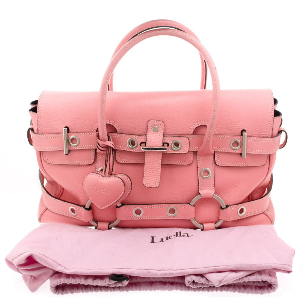 333ad31f0389 LUELLA  GISELE  BAG...Another model to have had a bag named after her was  Giselle Bundchen. British brand Luella named the bag in her honour and sent  her ...