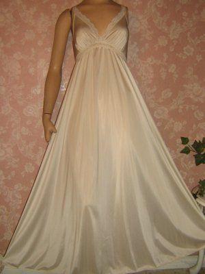 Olga Nightgown Vintage Style 9633 S M Bridal White Long Full Sweep ... 0bd97f1c5