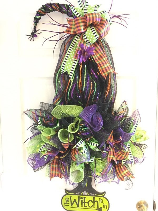 Witches Hat Wreath, Halloween Wreath or wall decoration (Arts - witch decorations