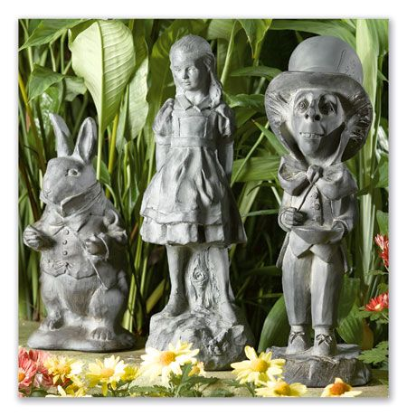 I Like This Set Too Alice In Wonderland Garden Mad 400 x 300