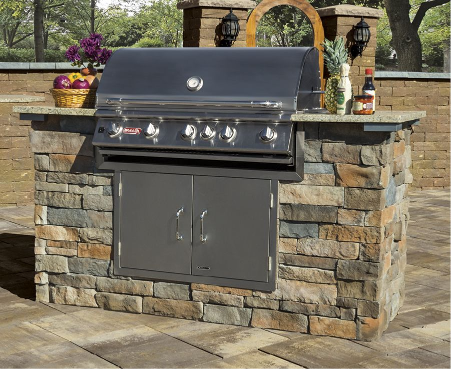 Add Stone Veneer To Your Outdoor Kitchen This Cambridge