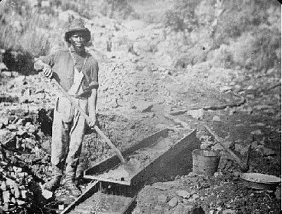 Placer mining for gold with a sluice box: Instruction on How