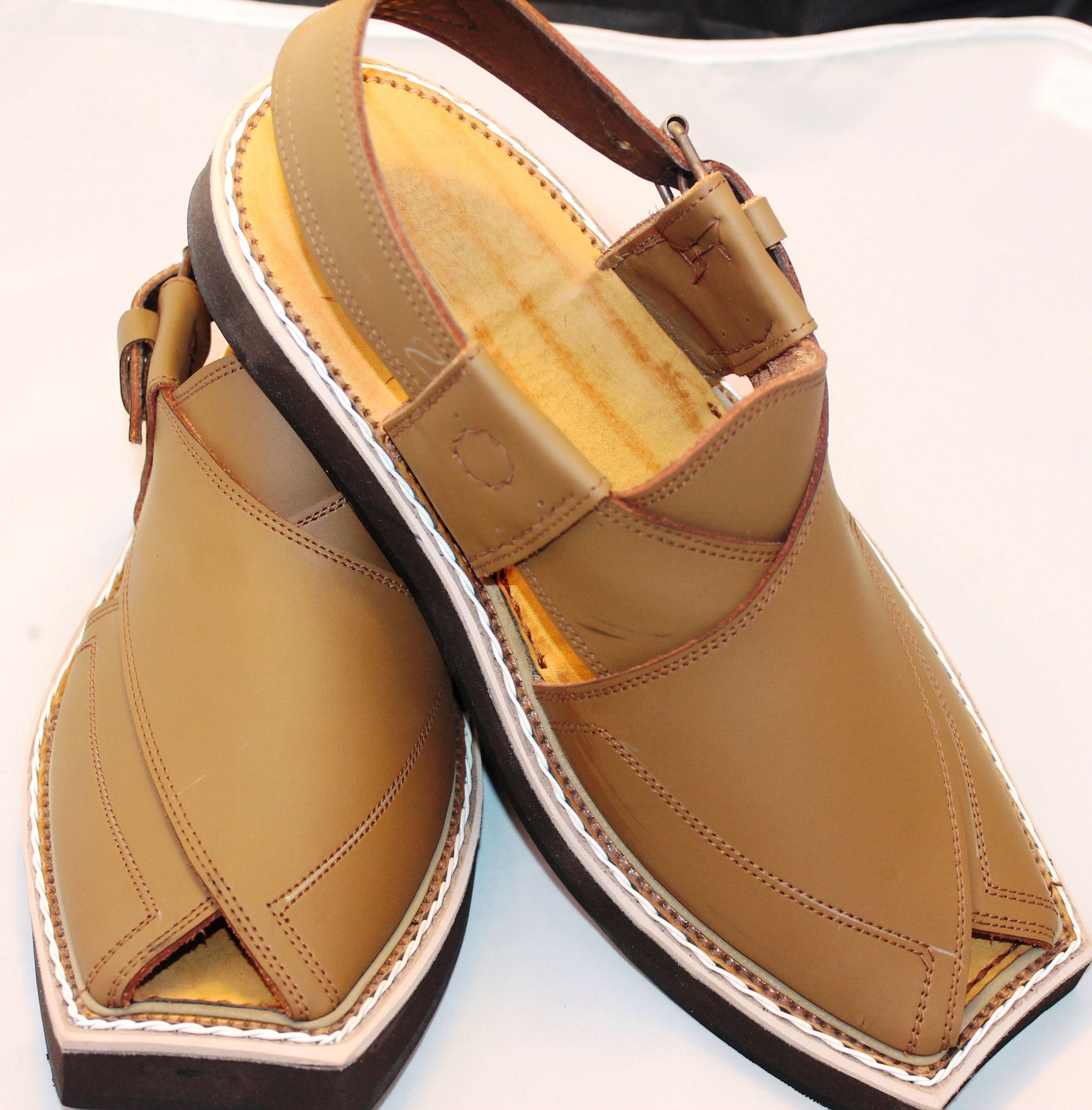 Imran Khan-Kaptan chappal Pure//Original  LEATHER Sandals Handmade from Pakistan