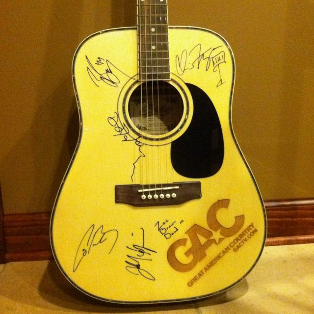 my very own signed guitar zac brown band amy i so like this. Black Bedroom Furniture Sets. Home Design Ideas