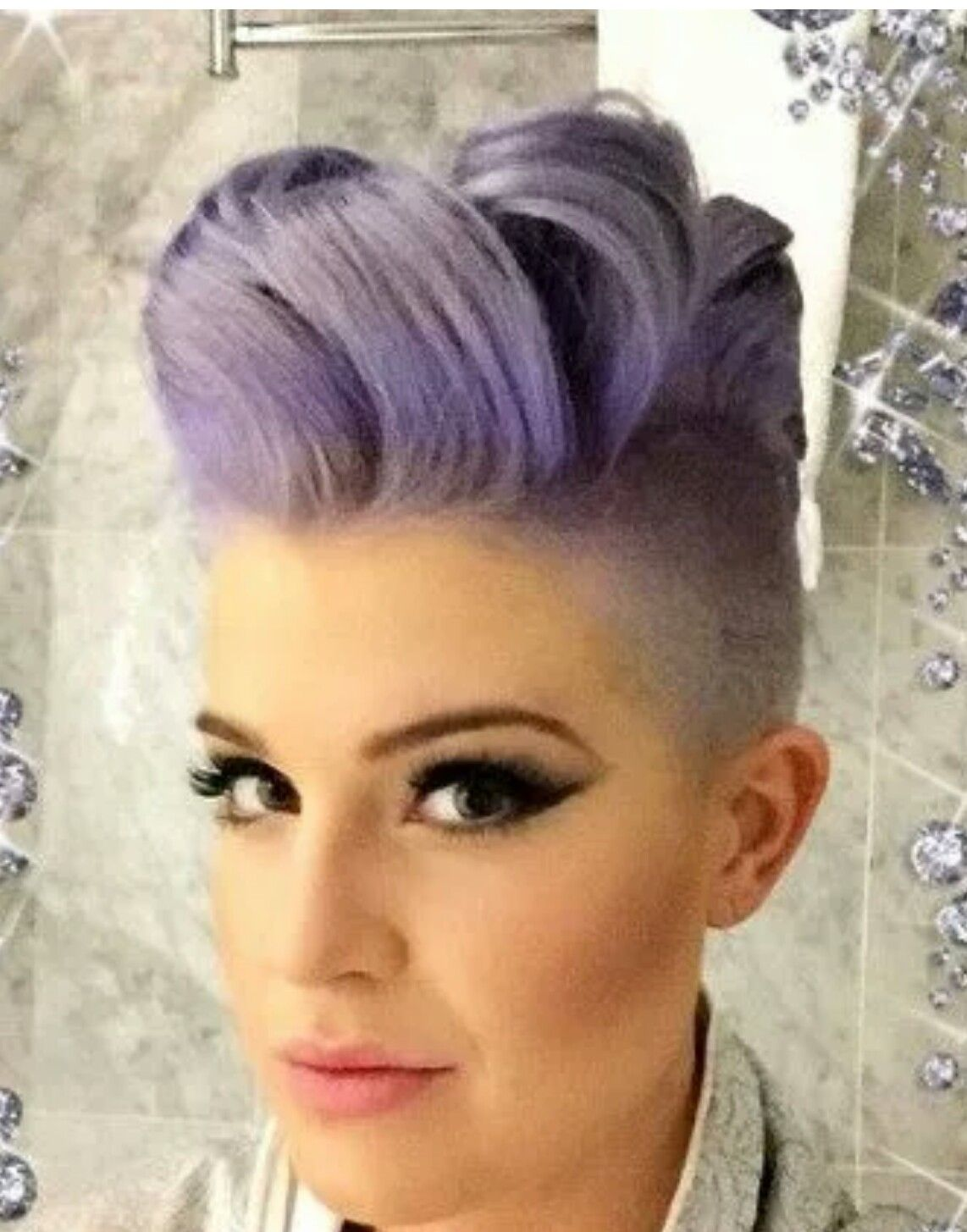 Pin By Carla Jaramillo On Haircut Pinterest Kelly Osbourne And
