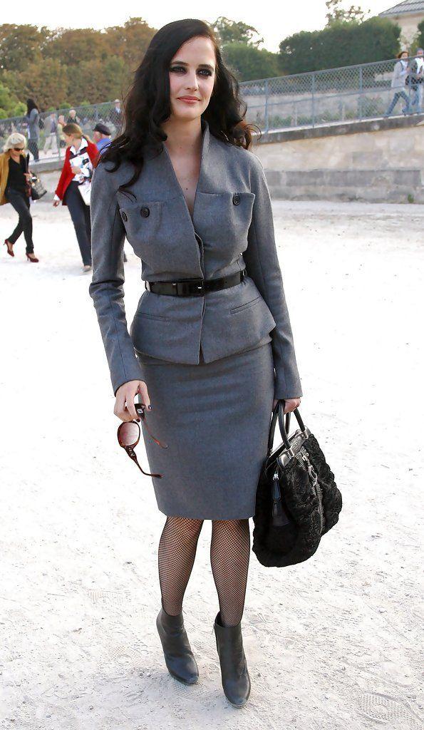 Eva Green Photos Photos: Celebs Love Dior #AngelinaJolie #BeautifulCelebrities #Cambridge #CelebrityCouples #CelebrityNews #CelebrityPhotos #Celebs