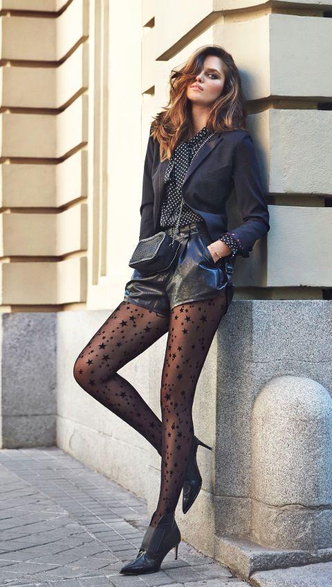 39822a424 Medias: el nuevo objeto de deseo | Shorts | Faldas de cuero negras ...