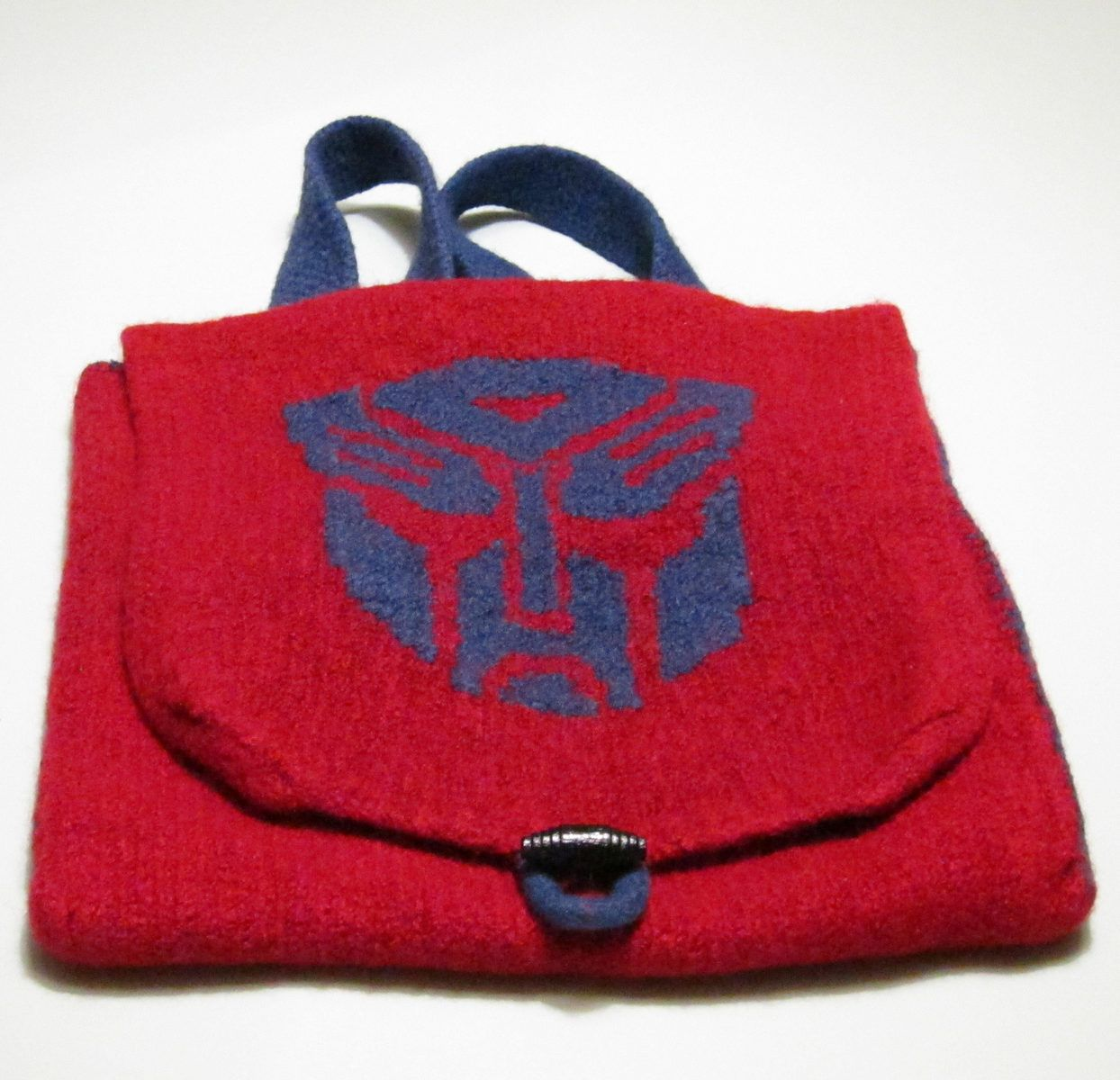Free knitting pattern for transformers backpack felted backpack free knitting pattern for transformers backpack felted backpack with large flap and autobot motif bankloansurffo Gallery