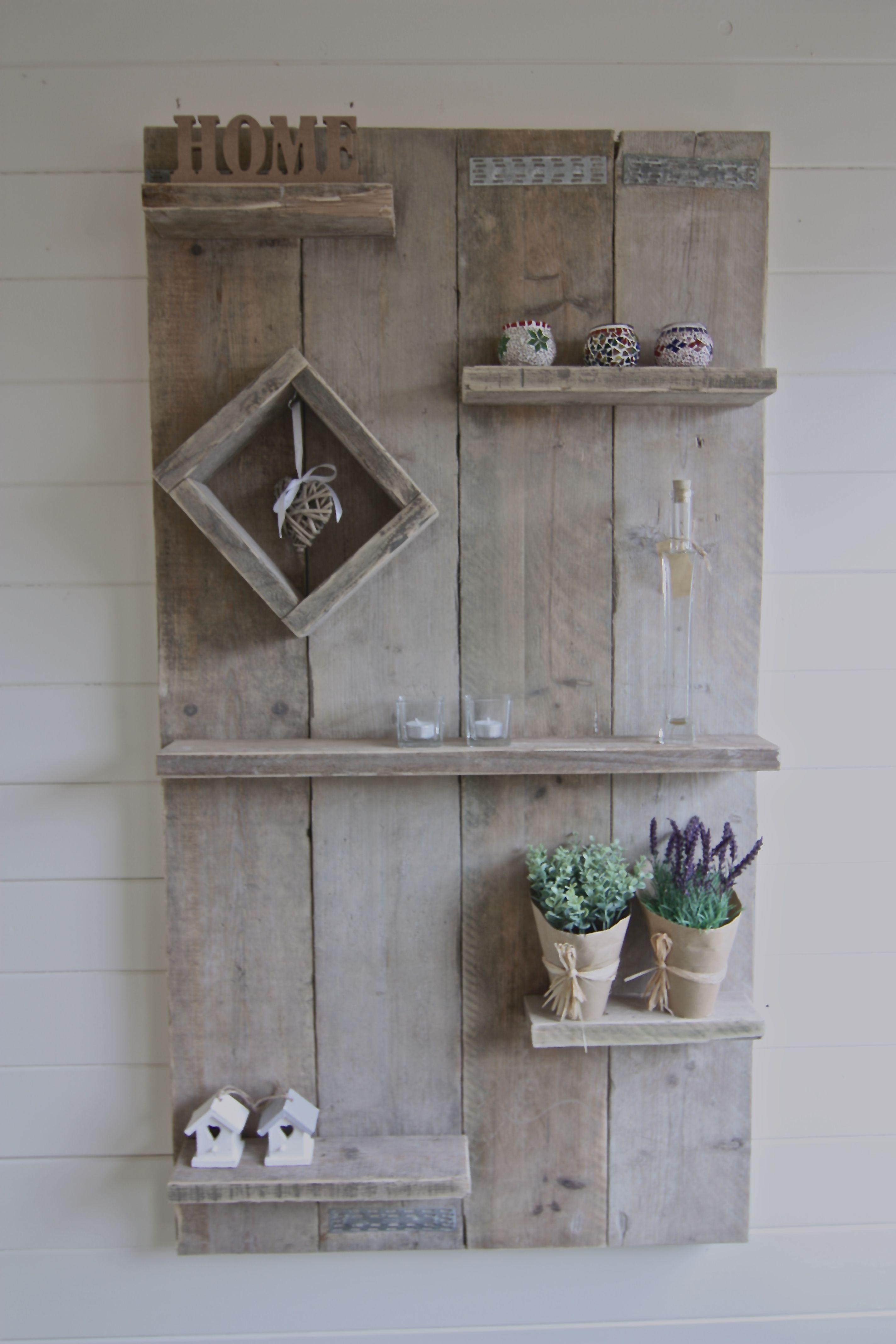 Wandbord van gebruikt steigerhout steigerhout for Vensterbank decoratie hout