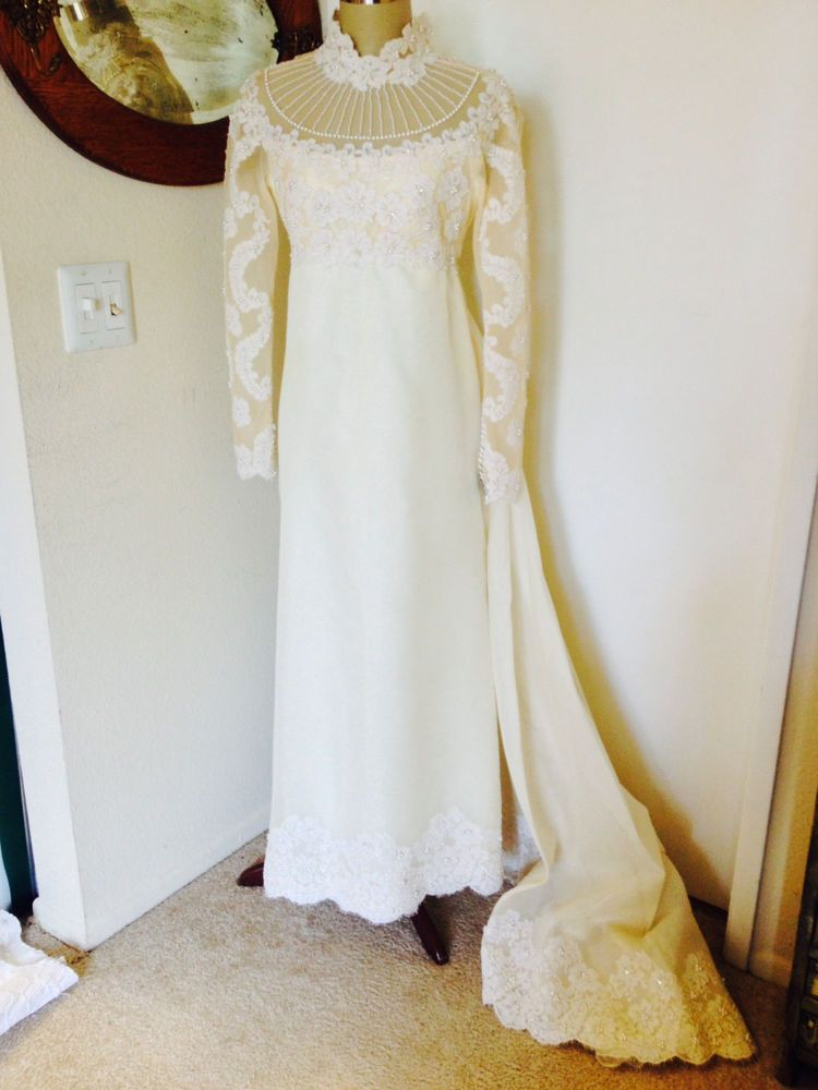 Vintage Teeny Priscilla of Boston Wedding Dress lace with pearls