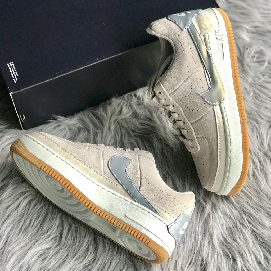 Nike Air Force 1 Jester Low Wmns Sz 9