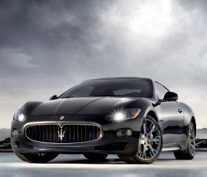 Maserati GranTurismo S - awww yeah can I get that with black chrome