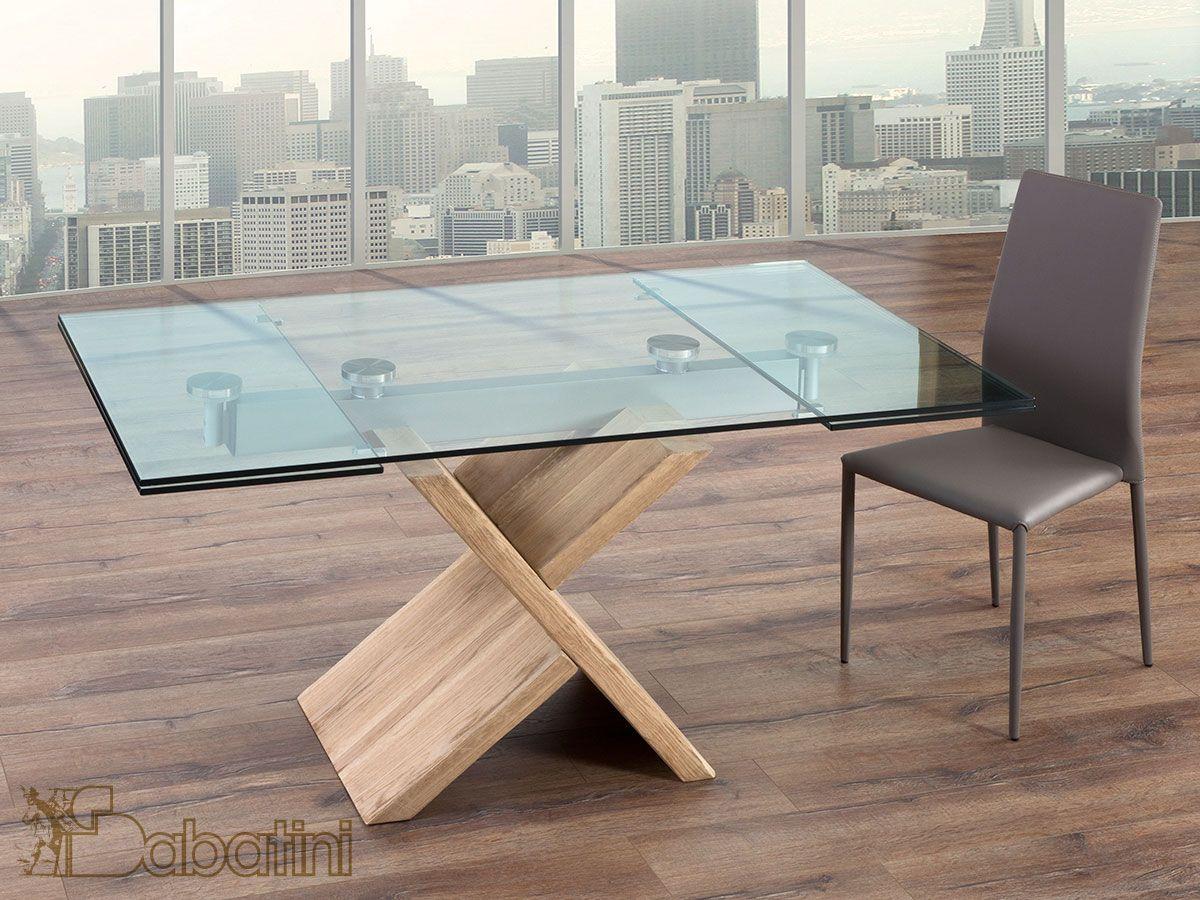 Tavolo allungabile in cristallo trasparente con il for Tavolo riflessi cristallo