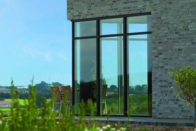 Outline Vinduers nye vindue har en U-værdi på 0,80, hvilket placerer det tæt på toppen ifølge energivinduer.dk. Pressefoto.