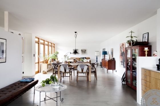 Concrete floor, open spaces. From  Lovely Life