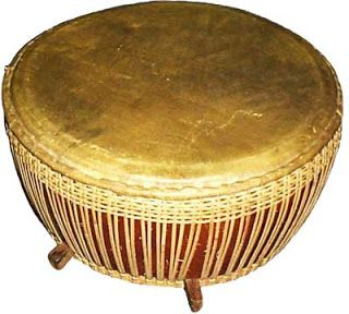 Tambourine-shaped drum is round and flat. Circular frame of wood is revoked, with one side beaten for layered goatskin. Art in Malaysia, Brunei, Indonesia and Singapore which are often pin the music rhythm deserts, for example, gambus, kasidah and hadroh.