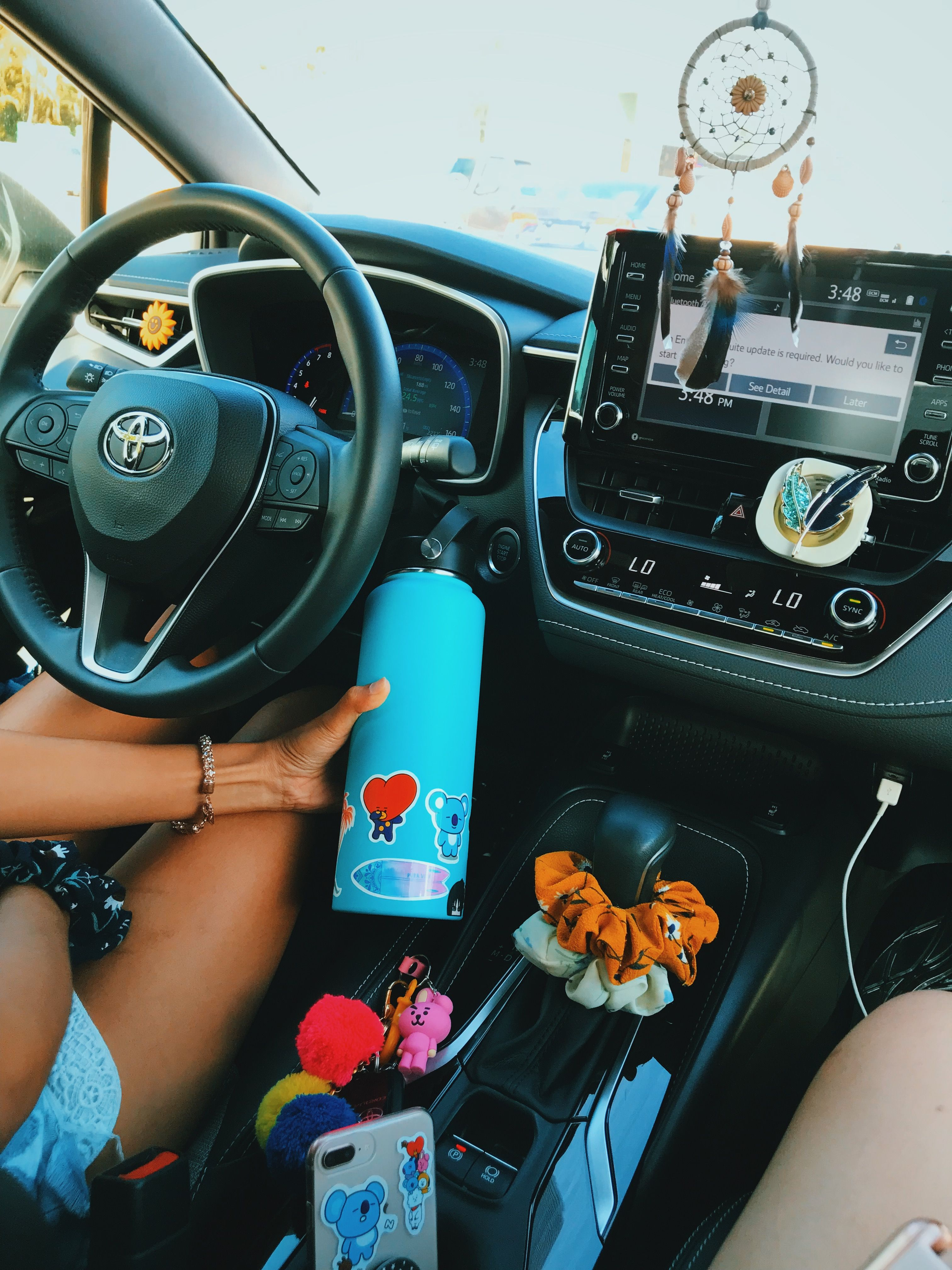 Pin By Carra Mitchell On Yes In 2020 Inside Car Girly Car Car Accesories