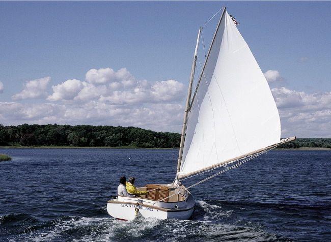 Marshall Catboat   Boats Cars Bikes in 2019   Sailboat plans, Boat, Cool boats