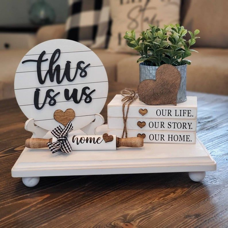 """Rustic Farmhouse Corrugated Metal /& Pallet Wood Look """"Home"""" Sign 16 1//2""""x7 3//4"""""""