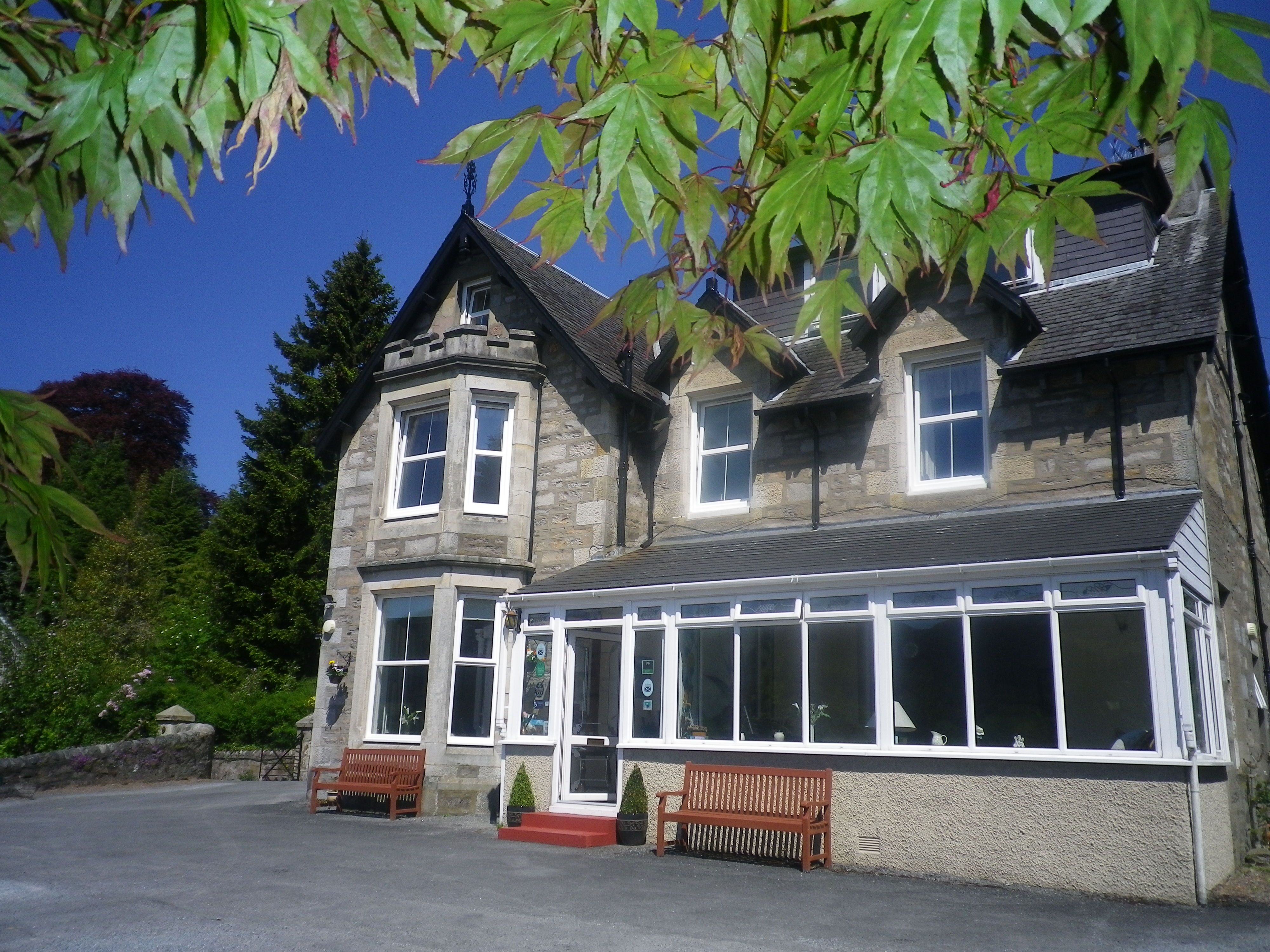 Tigh Na Cloich Hotel Pitlochry Holiday Home Victorian Homes House Styles