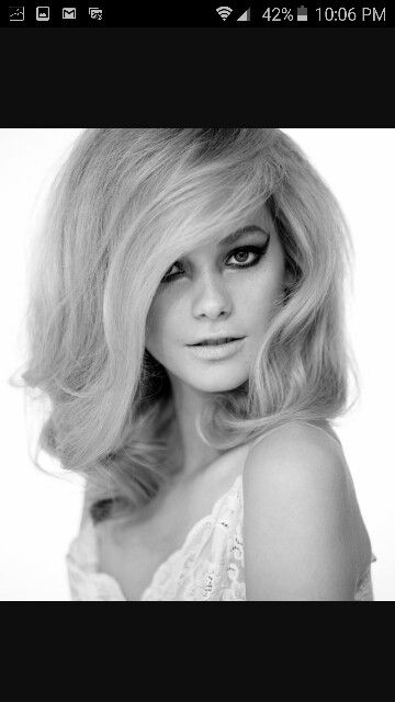 How to Do a 1960S Beehive Hairdo: 10 Steps (with Pictures)