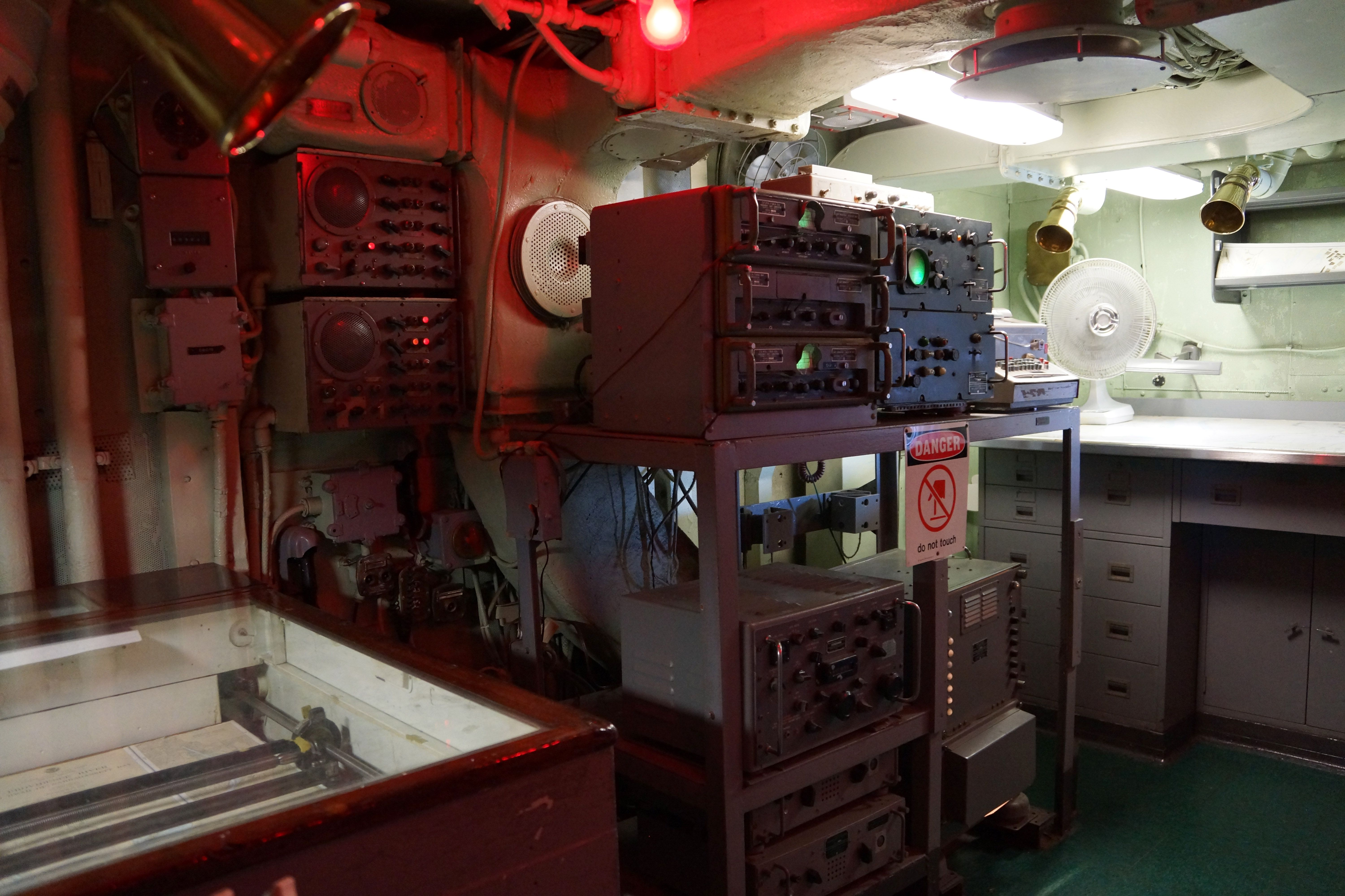 Cv 11 Essex Class Aircraft Carrier Uss Intrepid Bridge