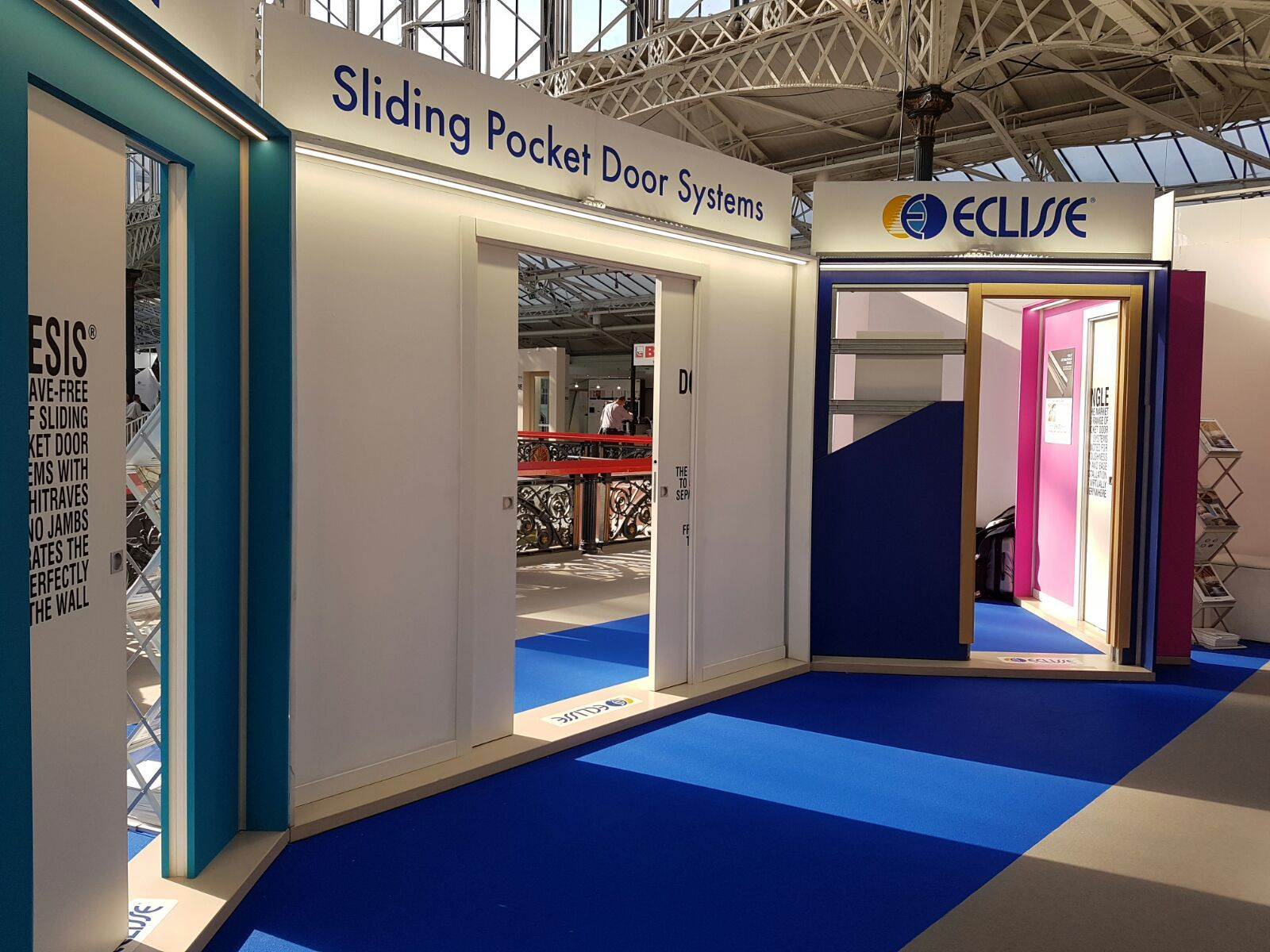 Eclisse Stand E854 At 100 Design Here You Can See The Double Pocket Doors With Coordination Systems And Anti Slam In T Sliding Pocket Doors Pocket Doors Double Pocket Door